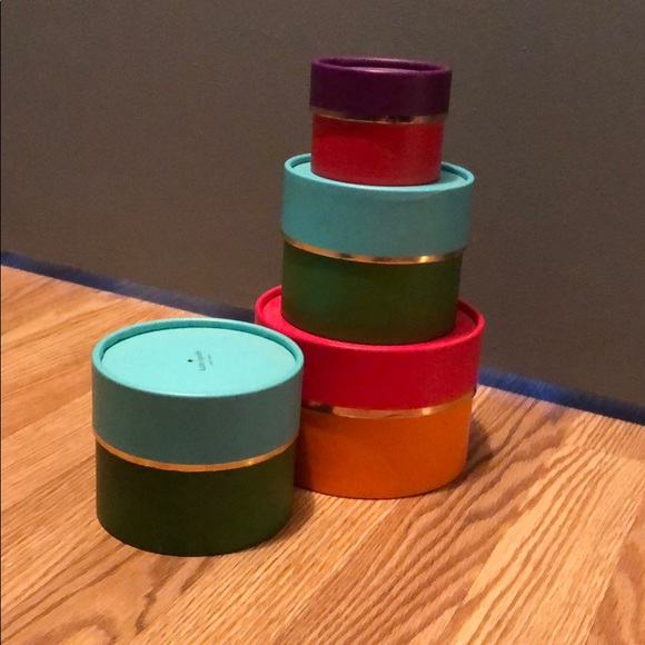 "Kate spade round jewelry ""boxes"" (empty)"